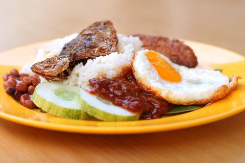 Singapore Nasi Lemak, hits the spot!