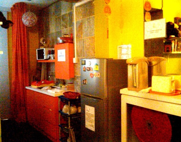 The cozy kitchen area of beary good hostel