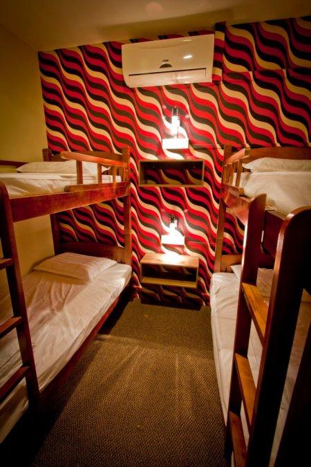 Mercury Backpackers Hostel 4 Bed Room