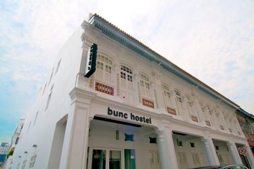 Bunc Hostel Singapore facade