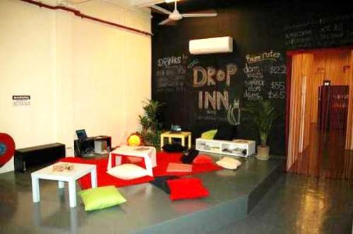 Drop Inn Hostel Singapore Common area