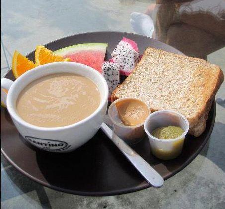 Green Kiwi Hostel Breakfast